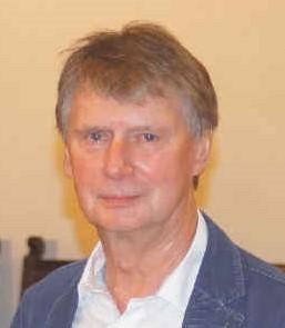 Պատվավոր անդամ Դր․ Հելմուտ Զուհր, Պիյարսկու անվան Բեռլինի էկոնոմիկայի և լեզուների դպրոցի տնօրեն