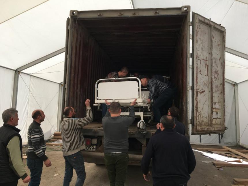Hilfsgüter für das Caroline-Cox-Reha-Zentrum in Arzach (Berg-Karabach)